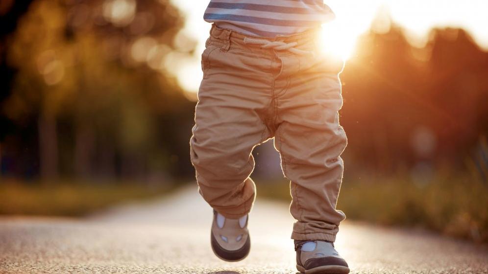 faut-il mettre des chaussures à bébé ?