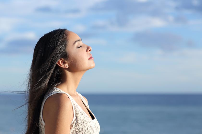Un ostéopathe vous indique comment bien respirer