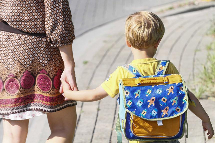 Préervez le dos de vos enfants en choisissant un cartable adapté !