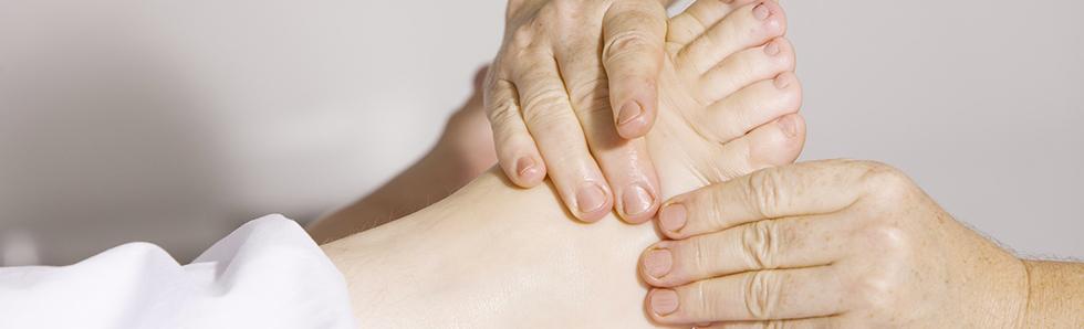 Des manipulations douces peuvent aider le patient traumatisé à se réapropprier son corps