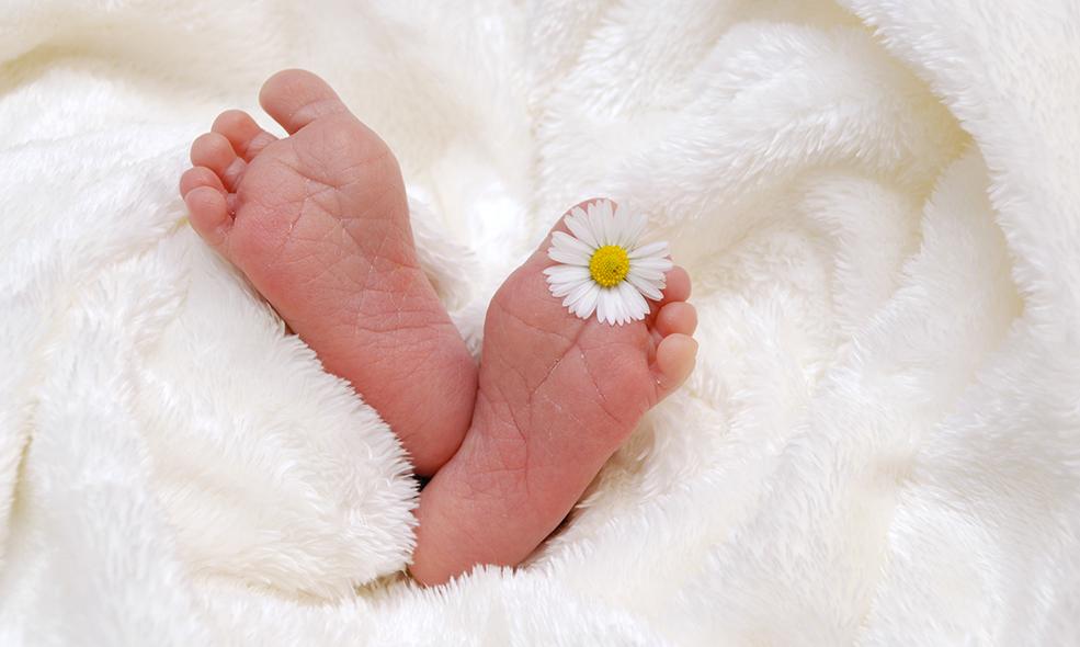 L'ostéopathie pour les nouveaux nés pour éviter que les dysfonctions de la naissance ou in utero deviennent des troubles en grandissant