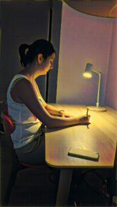 Adopter la bonne posture au bureau est important toute la vie !