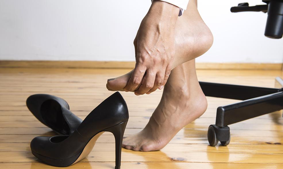 Les déformations dues à l'hallux valgus touchent essentiellement les femmes